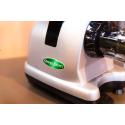 Extracteur de jus horizontal Omega J8228C (Couleur Chrome)