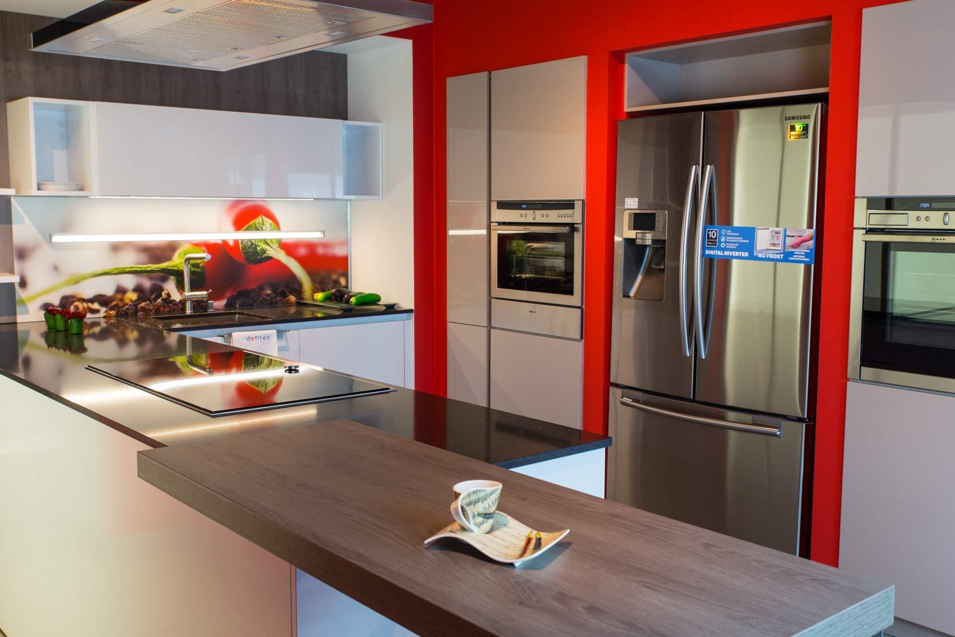 Gordon cuisine quip e r solument moderne for Cuisine equipee moderne