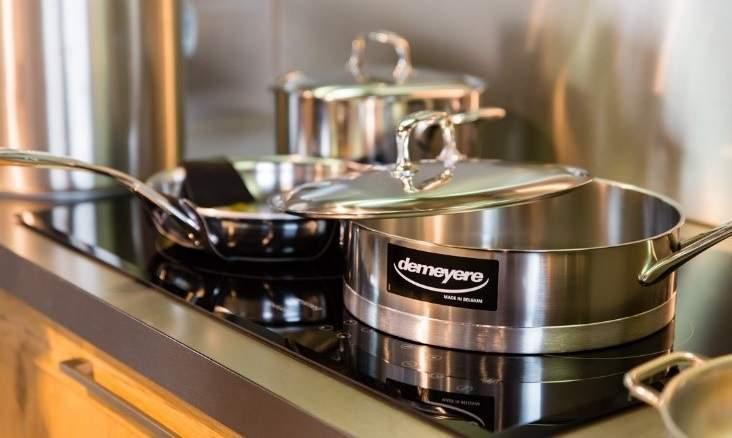 Defitec lectro et cuisines comment savoir si les casseroles vont sur l 39 induction - Casserole pour plaque a induction ...