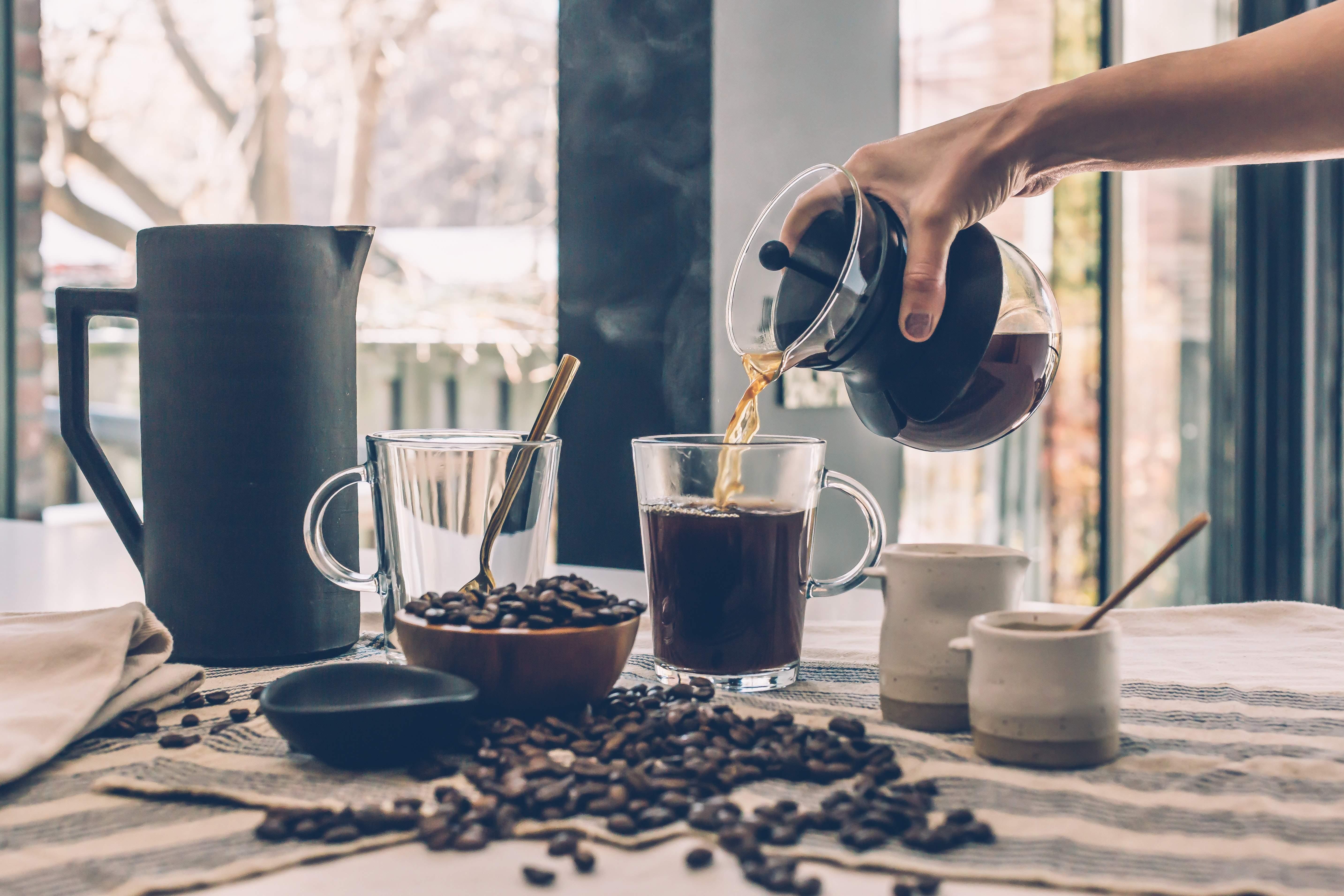 Servir un café - Café en grains - Café Arabica - Café Robusta